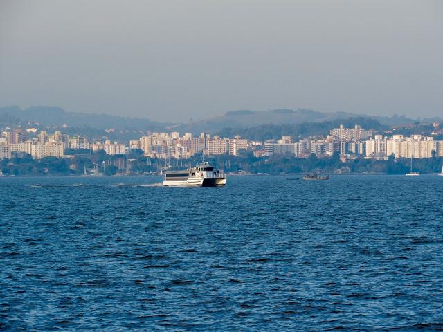 image52B252812529 - Passeio de Catamarã em Porto Alegre