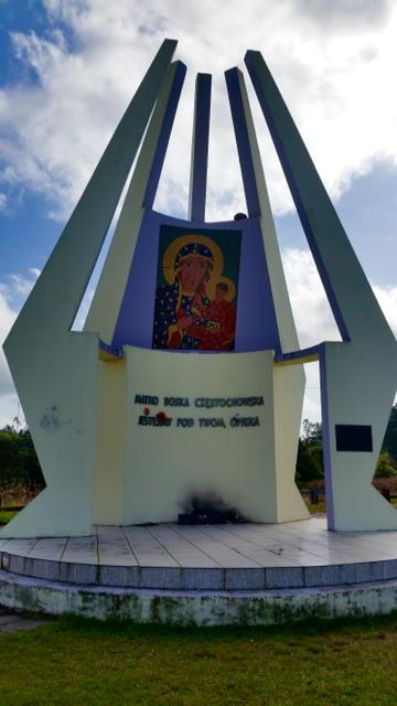 MONUMENTO EM HOMENAGEM A NOSSA SENHORA DE CZESTOCHOWA