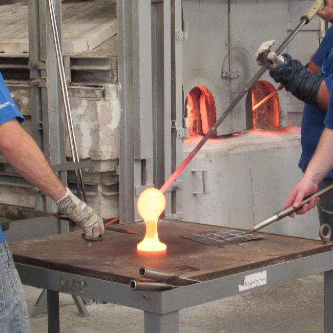 Descubra o mundo da fabricação do vidro na Madelustre em Garibaldi