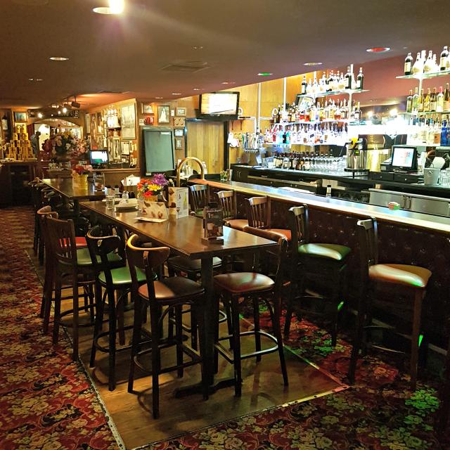 Buca di Beppo Orlando Bar - Buca di Beppo: Restaurante Italiano nos Estados Unidos