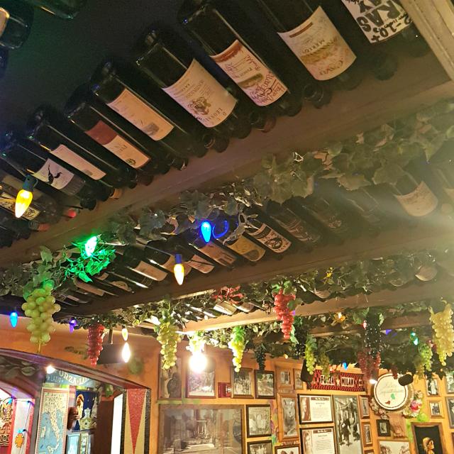 Buca di Beppo Orlando Decoração Parreira - Buca di Beppo: Restaurante Italiano nos Estados Unidos