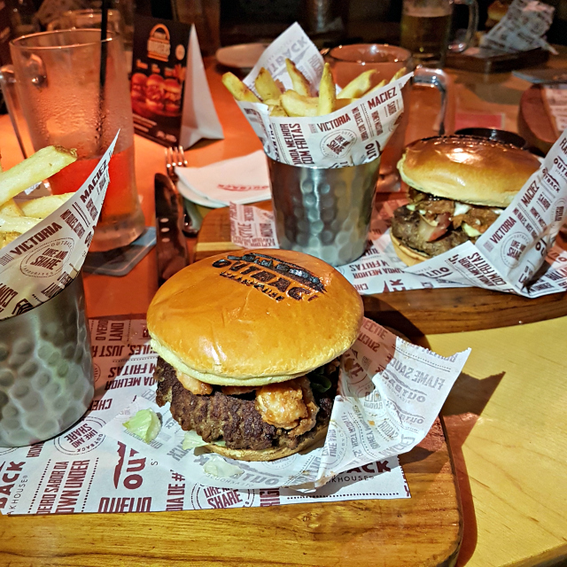 Festival de Burgers do Outback Steakhouse