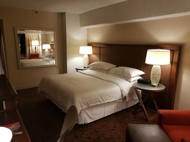 Le Centre Sheraton Montreal Hotel Quarto Cama - Hotel em Montreal: Le Centre Sheraton Montreal Hotel