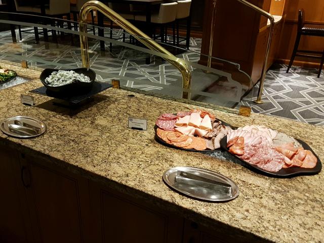 Le Centre Sheraton Montreal Hotel Snacks Frios - Hotel em Montreal: Le Centre Sheraton Montreal Hotel