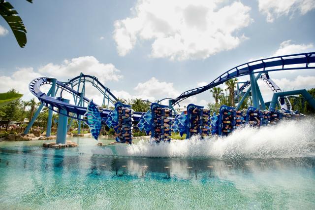 Manta Dips a Wing at SeaWorld Orlando - Montanhas-russas no SeaWorld em Orlando
