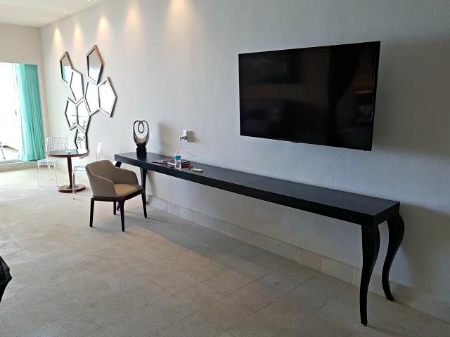 Hotel All Inclusive Senses Artsana Playa Del Carmen Smart tv - Nossa primeira vez em um All Inclusive - Hotel em Playa del Carmen