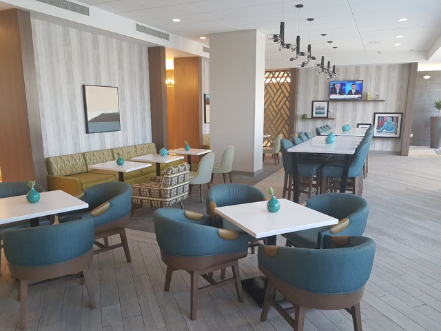 Hotel Hampton Inn Miami Midtown Breakfast Area - Hotel em Miami Midtown: Hampton Inn & Suites Miami Midtown