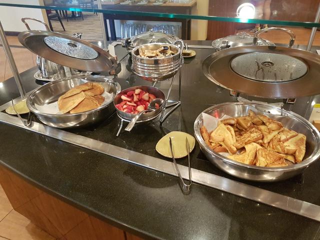 DoubleeTree by HIlton Hotel Orlando at SeaWorld Café Manhã Buffet Pacakes - Hotel em Orlando: DoubleTree by Hilton Hotel Orlando at SeaWorld