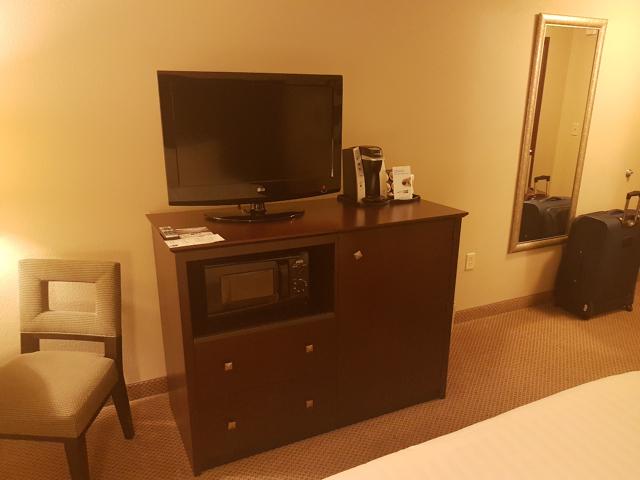20180505 211600Hotel Holiday Inn Express Crystal River Televisão - Hotel em Crystal River na Flórida: Holiday Inn Express Crystal River