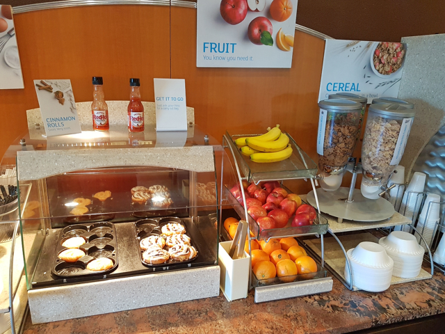 Holiday Inn Express Crystal River Café da Manhã - Hotel em Crystal River na Flórida: Holiday Inn Express Crystal River
