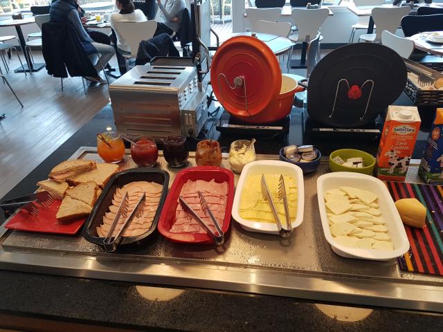 Café da manha no hotel ibis igrejinha